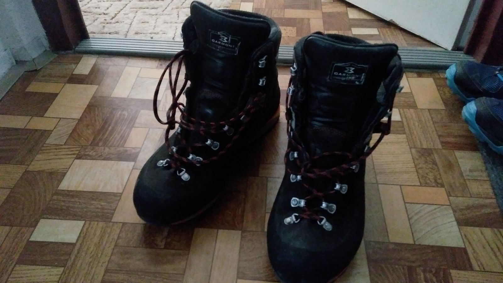 Recenzovaný produkt nájdeš na tejto adrese   https   www.adamsport.eu panska-vysoka-turisticka-obuv garmont-pinnacle -x-lite-gtx  b9de56fbc23
