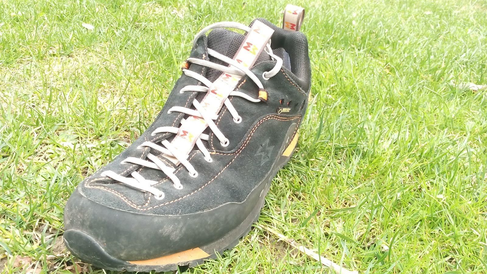 3f1c26c1c25 Recenzovanú topánku nájdeš na adrese  https   www.adamsport.eu panska-nizka- turisticka-obuv garmont-dragontail-lt-gtx-blackorange