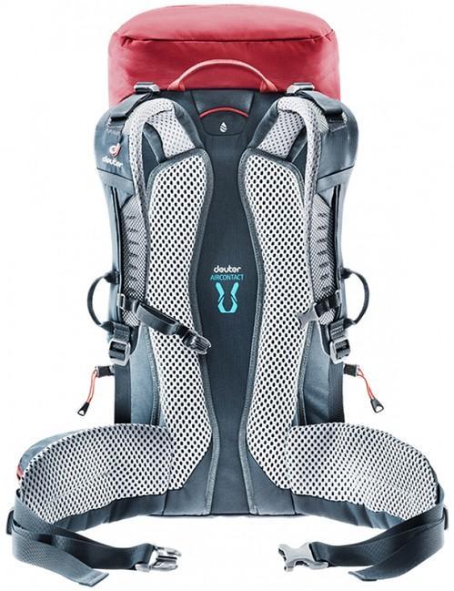 e570e09b1b Turistický batoh Deuter Trail 30 - cranberry graphite