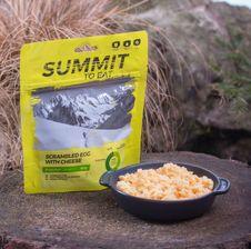 Summit To Eat - miešané vajíčka so syrom